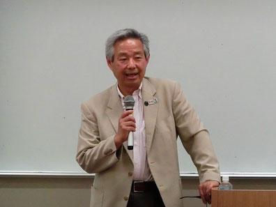 オリンピック憲章について語る師岡 名誉教授