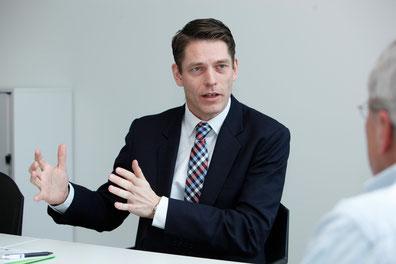 «Leute entscheiden sich für den Drive-Recorder, wenn sie ihr Fahrverhalten verbessern wollen», sagt  Marcel Siegrist, Leiter Produkte Privatkunden bei Axa Winterthur.