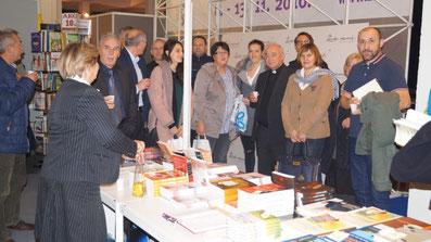 """Großes Interesse bei der Präsentation des Buches am Stand der """"Interliber"""" Zagreb 2016."""