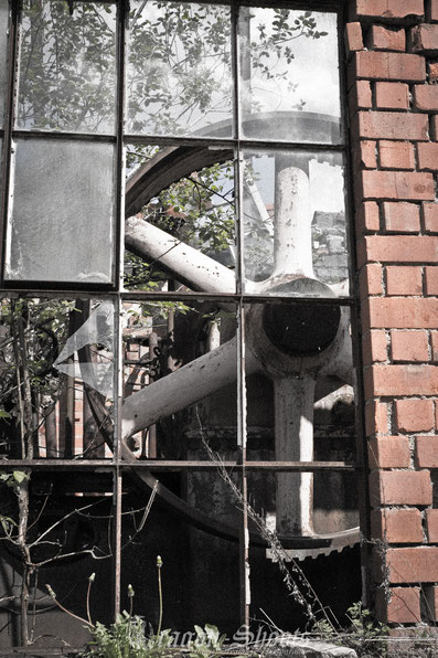 Urban; Urbex; Lost-Place; alt; verlassen; Old; Fotograf; Fotografie; Lenninger Tal; Lenningen; Mühle; Wasserkraft; Gutenberg