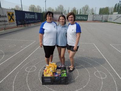4. Platz: Palecek Silvia, Palecek Nathalie und Platschka Waltraud (2 Stöcke)