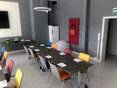 Besuch im Mietertreff der Dessauer Wohnungsbaugesellschaft mbH: HOBUSCH3