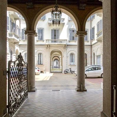 Milano Via Vincenzo Monti 8
