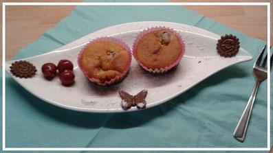 Backrezepte Muffins mit Füllung selbermachen und backen ganz einfach und schnell. Tolle Backideen zu Weihnachten, Geburtstag, Konfirmation, Ostern, Hochzeit, Muttertag, Vatertag oder einfach nur so. Backen und kochen für deine Party.