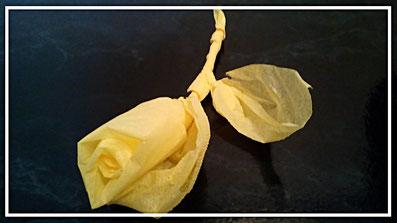 Servietten falten Rose