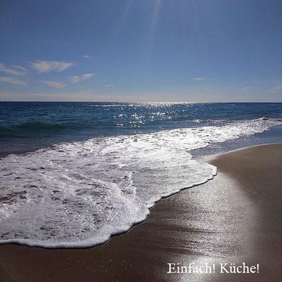 Das Mittelmeer an der Costa Dourada im Oktober