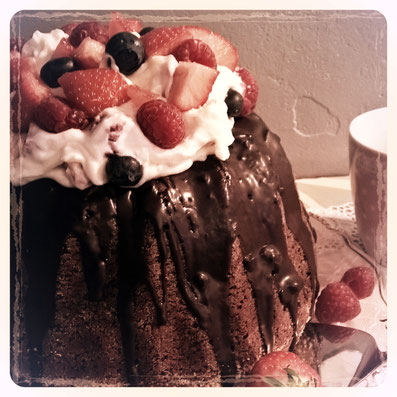Einfach! Küche! Schokoladen Guglhupf