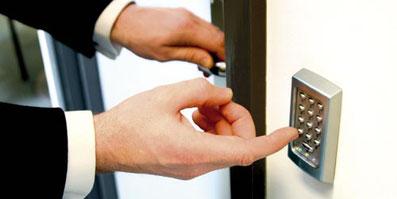 Zutrittssstem Zutrittskontrolle Paxton Access Compact Switch2 Net2 Keylock RFID Tastaturleser Mifare Reader Transponder