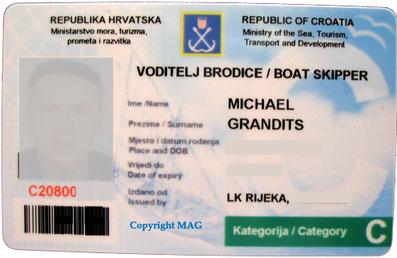 Bootsführerschein Yachtführerschein internationales Gewässer kroatische Flagge kommerziell gewerblich gemeldete Crew