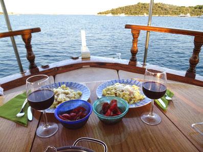 skipperpraxis skippertraining tageweise kroatien motoryacht dalmatien zadar sali dugi otok holzyacht divna sonderangebote