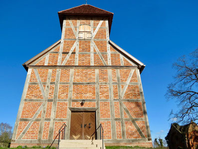 Dorfkirche MV, Ahrensberg bei Wesenberg