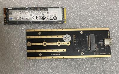 M.2 NVMe SSD→USB接続変換