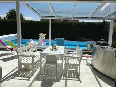Outdoorküche Kinder Vergleich : Im draussen wohnzimmer mit pool outdoorküche whirlpool riesen