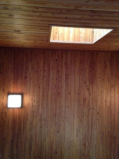 吉本社屋の階段室のトップライト