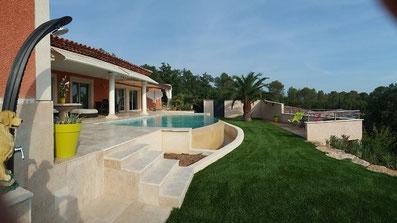 piscine-débordement-terrasse