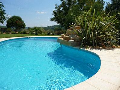 piscine-plage-pelouse