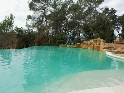 grande-piscine-débordement