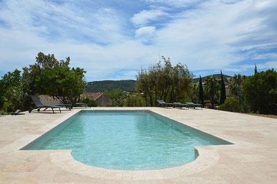 piscine-plage-carrelage