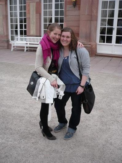 Melanie Ohme und Manuela Mader bei der Schachbundesliga in Schwetzingen, 2013