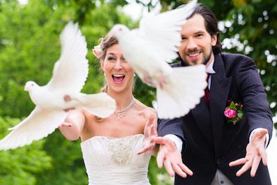 Heiraten in Rietberg - Hochzeit in Rietberg - Tauben fliegen