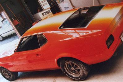 アメ車カスタムペイント、カスタムペイントした1973年型フォードマスタングマッハⅠ