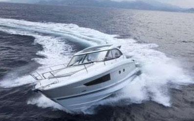 ORVAS Yachting Yachtcharter Motoryachten Flybridge Split ACI Marina