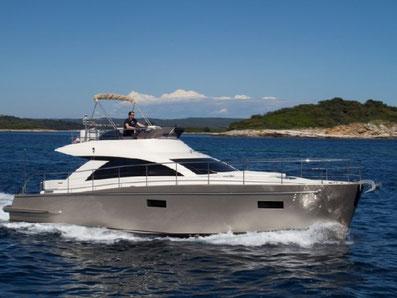Cyrus 13,8 Fly ORVAS Yachting Yachtcharter Motoryacht Flybridge Split ACI Marina