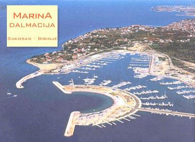 Sukosan Zadar Marina Dalmacija Yachtcharter Sonderangebote Motorboote Motoryachten Segelboote Segelyachten ASTA Yachting Holzyacht Divna Stahlyacht Fly Payo Flybridge