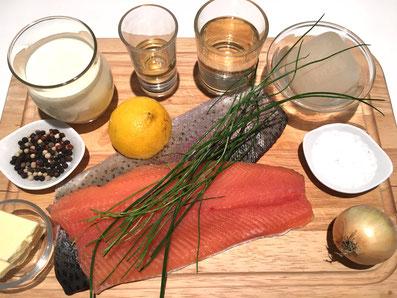Zutaten: Lachsforelle, Schnittlauch, Zwiebel, Zitrone, Wermut, Weisswein, Fischfond, Rahm, Butter, Meersalz, Salz, Pfeffer