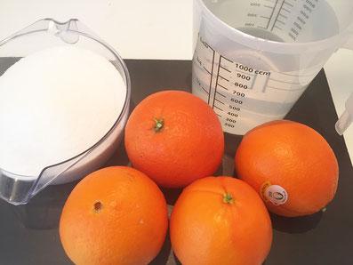 Zutaten: Orangen, Zucker, Wasser