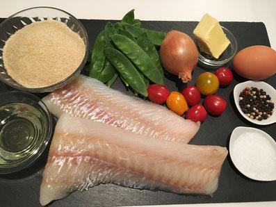 Zutaten: Kabeljau, Kefen, Cherry Tomaten,Paniermehl, Eiweis, Zwiebeln, Butter, Sonnenblumenöl