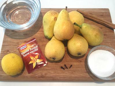 Zutaten: Birnen, Wasser, Zimtstange, Zucker, Vanillezucker, Nelken, Zitronensaft