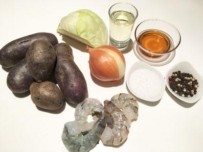Zutaten: Blaue Kartoffeln, Weisskohl, Zwiebel, Riesencrevetten, Öl, Aceto balsamico, Essig, Salz und Pfeffer