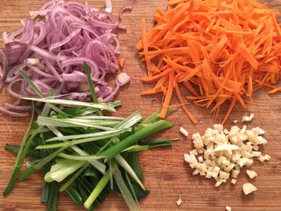 Das Gemüse schneiden