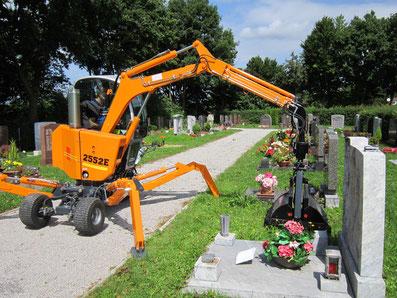 BOKI Friedhofsbagger