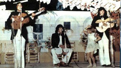 durante una actuación en Málaga 1975