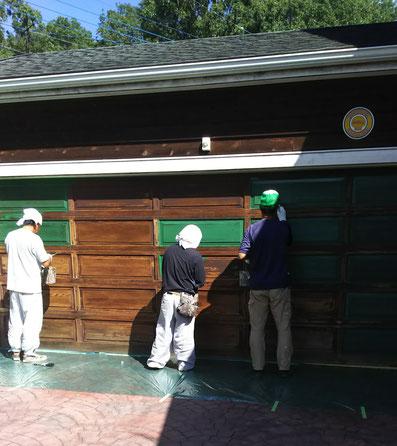 木製ガレージシャッターの修理・塗装