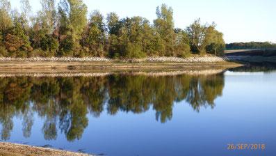 Zu sehen ist ein See in Haltern am See die Steveraue
