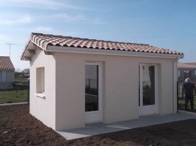 maison avec Enduits de façade prêt à l'emploi