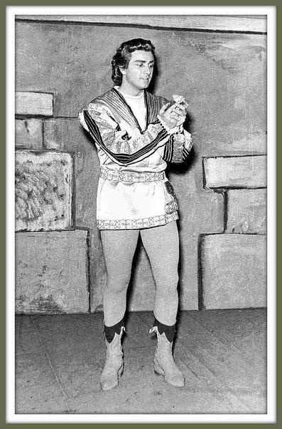 Romeo - GIULIETTA E ROMEO di R. Zandonai    (Roma 1952)