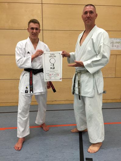 Alex mit seinem Meister Hagen Neumann