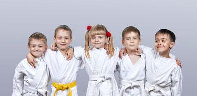 Kinder Karate Kampfsport Selbstverteidigung Hemmingen Ludwigsburg Waiblingen