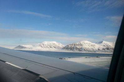 Sekunden vor der Landung auf Spitzbergen, Norwegen