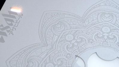 Laser Fibra Optica, Grabadora laser fibra optica, grabado laser sobre laptop