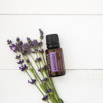 Aroma Welt >> doTERRA Lavender Öl - Deutsch (Lavendel): Wirkung, Anwendung, Rezepte, Beratung