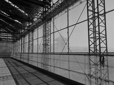 中金堂の足場から五重塔を望む(2017年12月撮影)