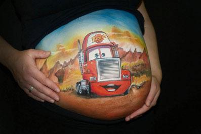 Bellypaint met auto's en tractors