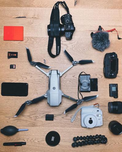 Technik die man auf Reisen mitnehmen sollte