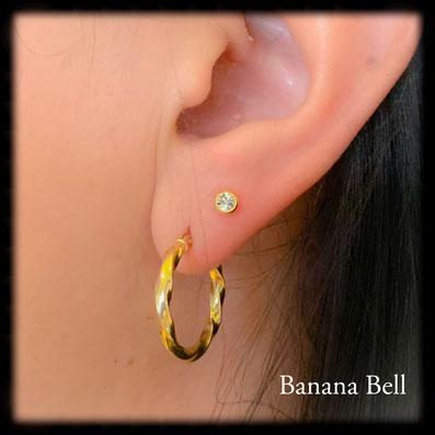 Boucle d'oreille doré avec strass Lobe