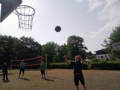 Einweihung Basketballkörbe